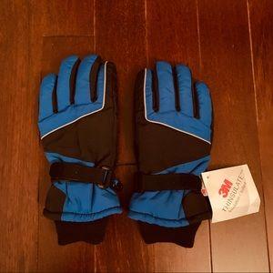 *NWT* Boys Thinsulate Gloves Black/Blue 8-20